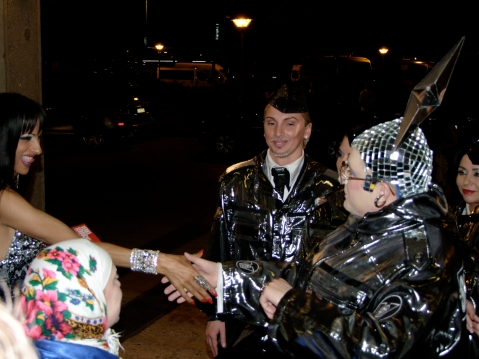 Dana_International_meets_Verka_Serduchka_in_Belgrade,_2008